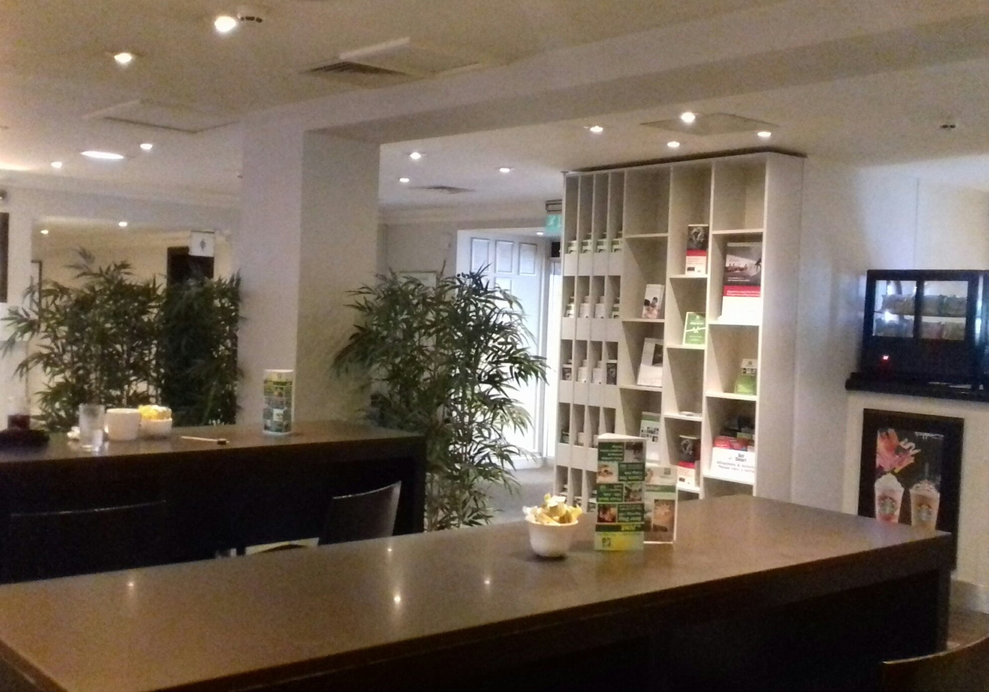 before Servery holiday inn brentford